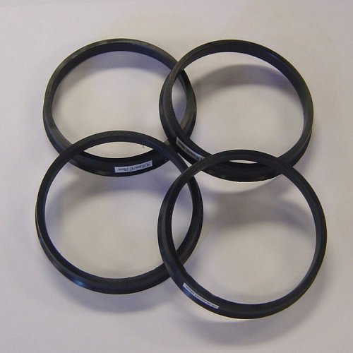 Hub Centric Rings for Cars - (Set of 4) 1